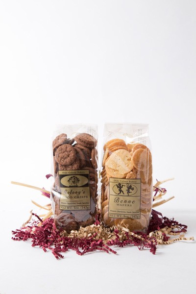 An affordable gift option that lets you choose 2 flavors of Olde Colony Bakery cookie favorites for that special someone in your life!